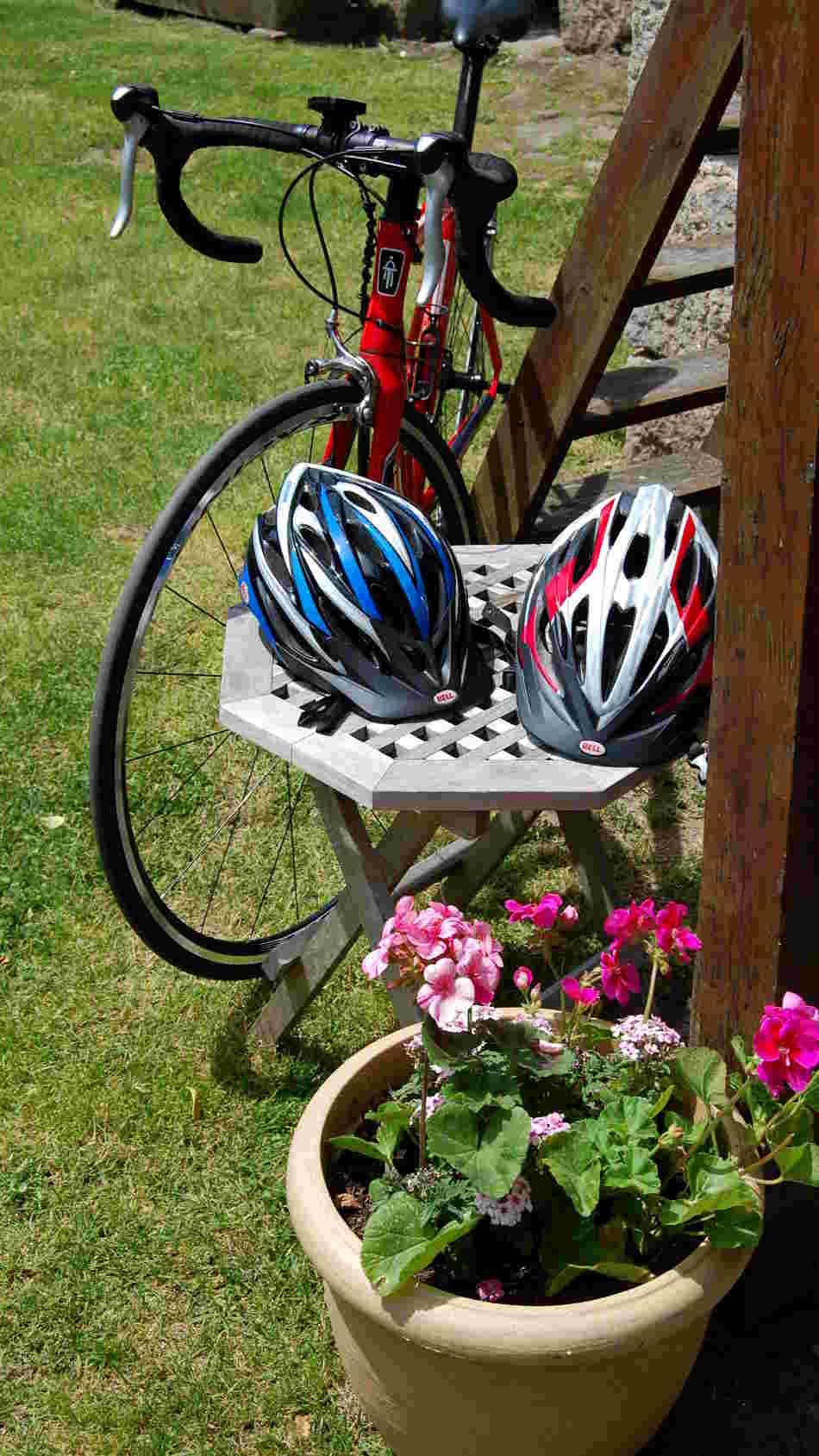 Bike&Helmets(950x1689)